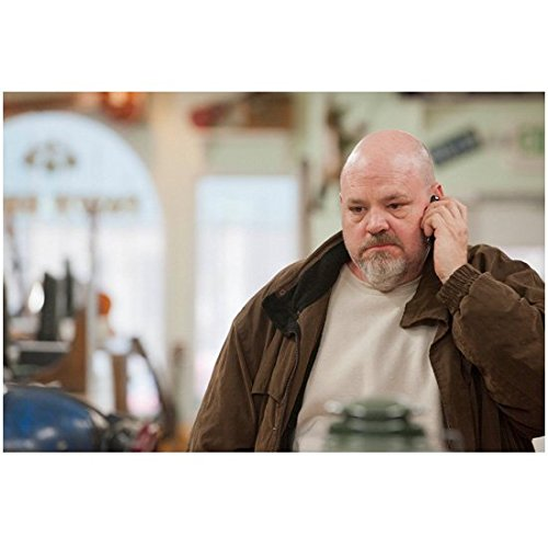 Justified Pruitt Taylor Vince as Glen Fogle on Phone 8 x 10 Inch Photo