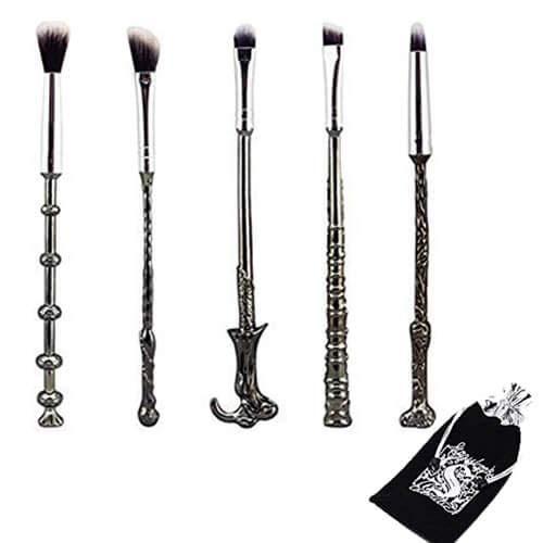 WeChip Juego de 5 brochas para maquillaje, diseno de varitas magicas de Harry Potter