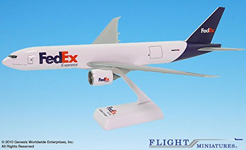 Flight Miniatures FedEx Federal Express 2005 Boeing 777-200F 1:200 Scale REG#N850FD Display Model with Stand