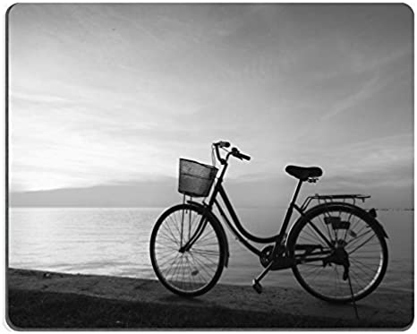 General alfombrilla para ratón de silueta de una bicicleta en la ...