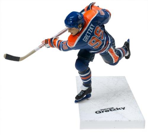 McFarlane Toys NHL Legends Series II Figure: Wayne Gretzky with Blue Edmonton Oilers Jersey (Center)