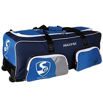 f1a6cf9f9c7a Image Unavailable. Image not available for. Color  SG Maxipak Kit Bag ...