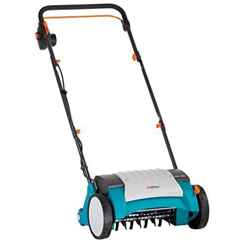 Scarificateur électrique EVC 1000 GARDENA: aérateur de pelouse avec largeur de travail 30 cm, 1000 W, surface de gazon jusqu'à 1000 m², levier de réglage, guidon divisible (4068-20)