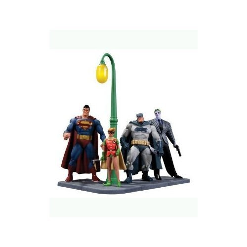 DC Collectibles Batman: The Dark Knight Returns Action Figure, 4-Pack by DC Collectibles [Toy] [並行輸入品] B00NIEW8SC