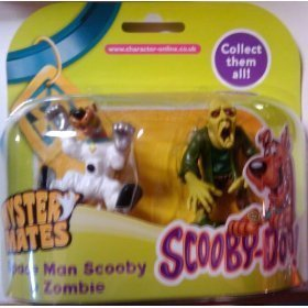 Scooby Doo Mystery Mates Spaceman Scooby & Zombie by Character Options -