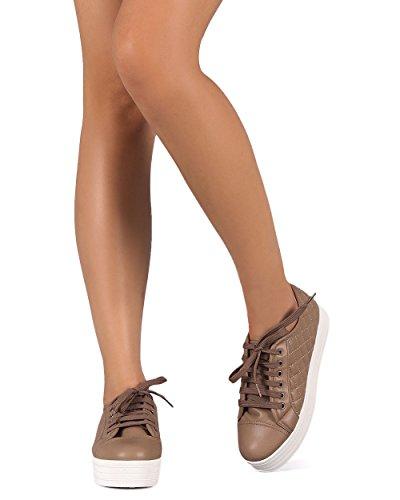 Breckelles Di87 Dames Kunstleer Gewatteerde Pet Teen Platte Vorm Sneaker Naturel