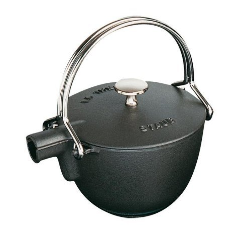 Staub 1650023 Cast Iron Round Tea Kettle 1-quart Black Matte