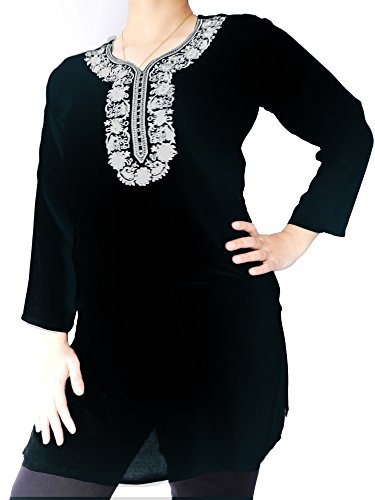 Linen Top with White Floral Embroidery (Black, XL)