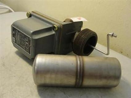 Square D 9037 closed-tank Interruptor de flotador con casquillos para circuito de alimentación,