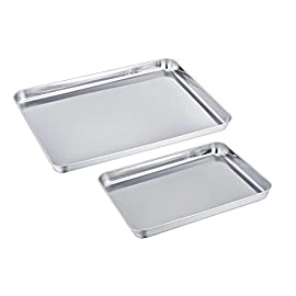 TeamFar Baking Sheet Cookie Sheet Set of 2, Pure Stainless Steel baking Pan Tray Professional, Non Toxic & Healthy, Mirror Finish & Rust Free, Easy Clean & Dishwasher Safe 46 √ HEALTHY MATERIAL - These baking sheets are made of high quality 18/0 magnetic stainless steel without toxic chemical coating; Rust resistant and durable material make these sheets perfect for everyday use √ EXQUISITE CRAFT - TeamFar baking pan is processed with superb mirror finish so its surface can decrease the risk of sticking; Smooth roll edge without rough spots make it comfortable to hold and transfer √ EASY CLEAN - Deep full sides all around keep food contained and prevent juice from flowing everywhere when roasting to keep your oven neat; TeamFar baking dish is compatible with dishwasher and just free your hands from now on