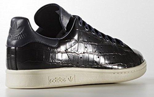 separation shoes 103df 8f1d2 ... Adidas Men s Originals Stan Smith Sneaker, Limited Edition Colab, Croc  Pack Legend Ink ...