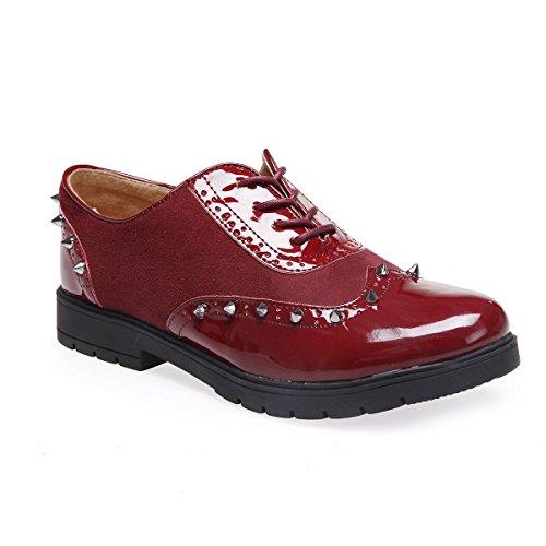 Richelieus et Simili en à l'avant nbsp;avec matière Simili Rouge Cuir Chaussure Dessus bi Modeuse de Clous de Pointu extrémités et l'arrière la La à verniPrésence Daim 6Rqx5BwO