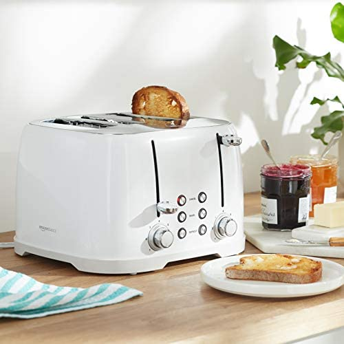 Amazon Basics 4-Slot Toaster, White