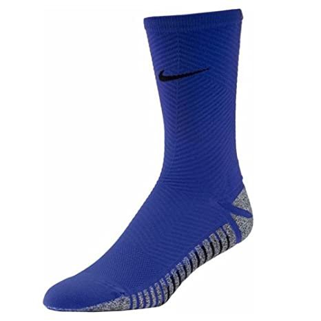 c04321759 Nike Men's Nikegrip Strike Light Crew Socks: Amazon.co.uk: Sports & Outdoors