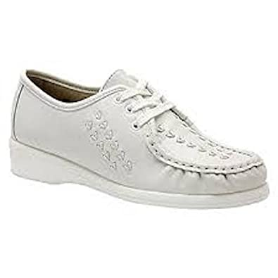 be9cc3203caed Amazon.com | Softspots Women's Bonnie Lite Shoes, White, 5.5 W | Shoes