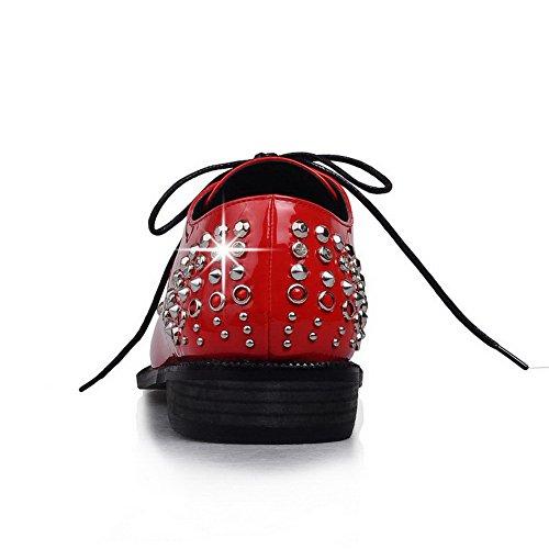AllhqFashion Mujer Tacón bajo Cordón Diamante de imitación Charol PU Puntera En Punta ZapatosdeTacón Rojo