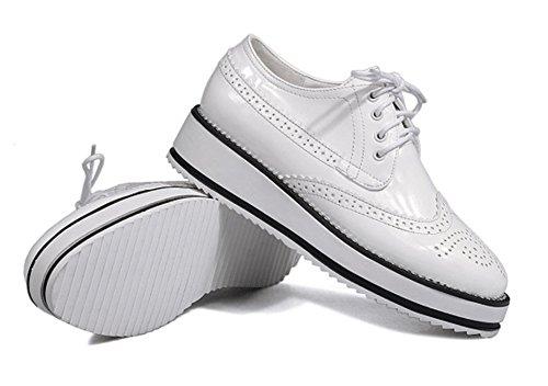 Showhow Moda Donna Punta Tonda Stringate Sneakers Basse Con Plateau E Zeppa Bianche