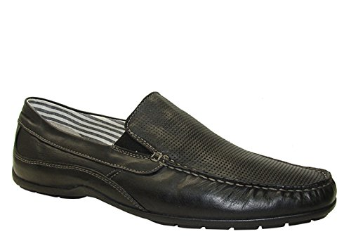 GBX Men's Double Gore Perfed Moccasins,Black,8 ()