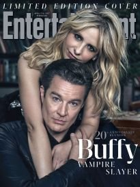 Entertainment Weekly Magazine (April 7/14, 2017) Buffy The Vampire Slayer Reunion: Sarah Michelle Gellar and James Marsters Limited Edition Cover