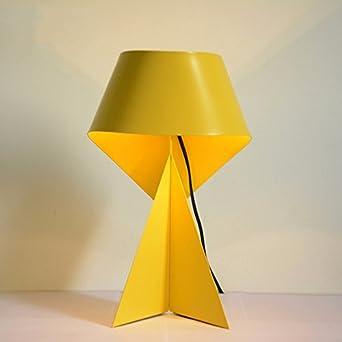 Moderna sencillez, personalidad creativa, hierro lámpara de mesa ...