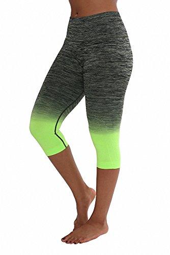 Sassy Apparel Women's Premium Quality Active Wear Seamless Cropped Capri Pants (Small, Neon Green)