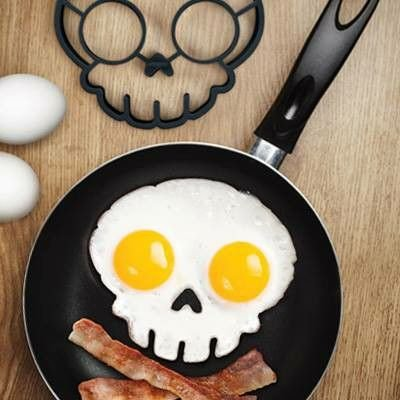 Fred FUNNY SIDE UP Silicone Egg Mold, Skull
