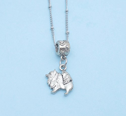Pomeranian in silver pewter Charm Necklace. Pomeranian necklace. Pomeranian charm. Pomeranian Jewelry. (Pendant Pomeranian)