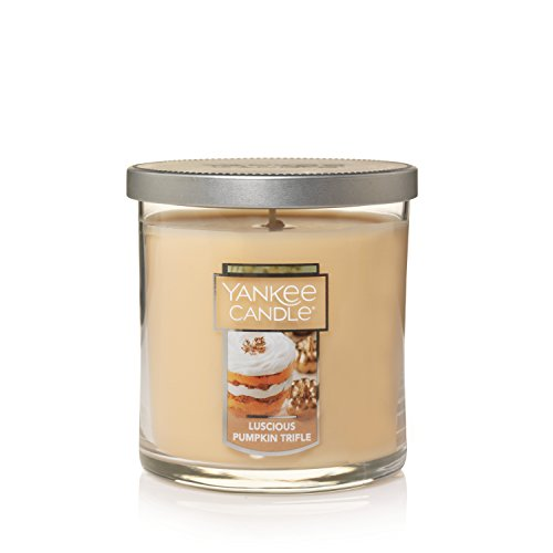 (Yankee Candle Small Tumbler Scented Candle, Luscious Pumpkin Trifle)