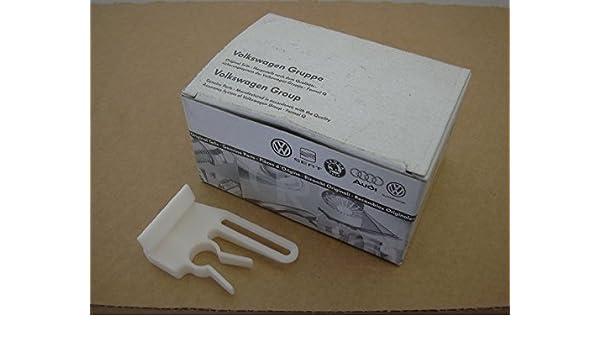 Amazon.com: Volkswagen Fuse Box Retaining Lever Clip Nos - 192941856:  AutomotiveAmazon.com
