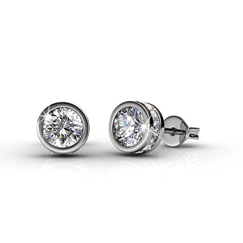 Cate & Chloe Mae 18k White Gold Plated Stud Earrings, Fancy Round Brilliant Earrings w/Swarovski Crystals Beautiful Round Diamond Cut Sparkling Crystal Stud for Women - Hypoallergenic - MSRP - Earrings Bezel Round