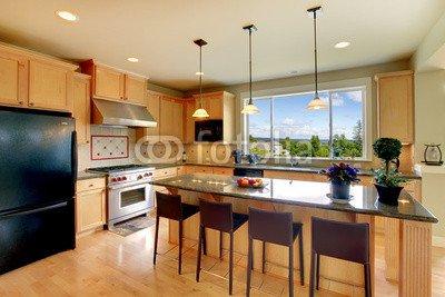 Luxury Classic con marco de madera con sillas, de cocina de isla y ...