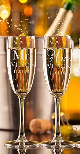 Set of 2 Personalized Mr Mrs Name Date Wedding Champagne Flutes Custom Champagne Glasses Wedding Gift