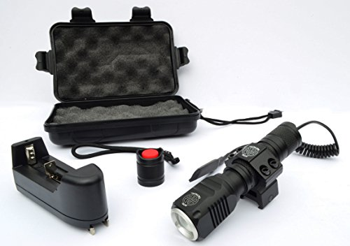 AcidTactical Compact LED Rifle Shotgun Flashlight 1000 Lumens with Picatinny mount, battery, pressure switch kit