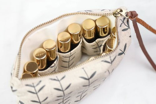 Essential Oil Case by Living Brilliance (Image #2)