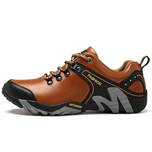 Gomnear Men Hiking Boots Warm Trekking Shoes Winter Outdoor Fur Lined Low Top Non-slip Climbing Sneaker Light Brown