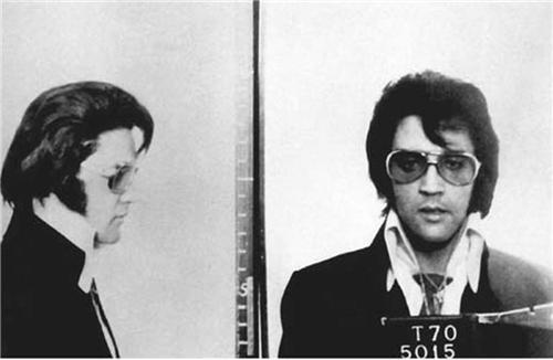 ConversationPrints Elvis Presley Mug Shot Glossy Poster Picture Photo Mugshot King Rock and roll