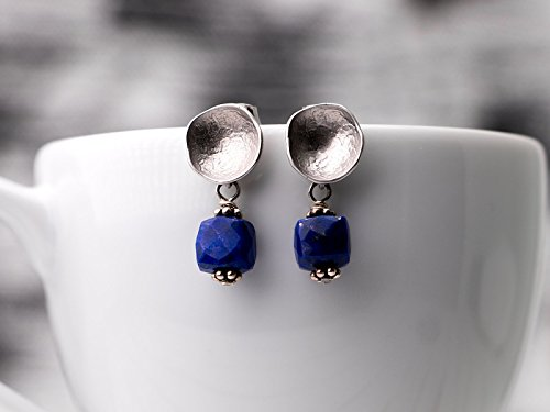 (Lapis Lazuli // silver plated cup stud earrings with lapislazuli cubes)