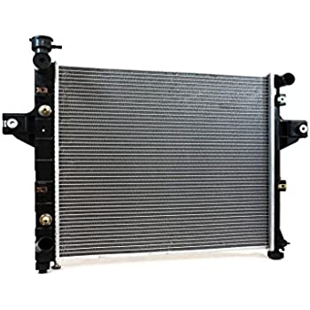 2262 Radiator For Jeep Grand Cherokee 1999-2004 4.0 L6