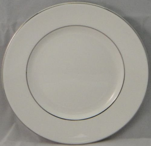 (Wedgwood Signet Platinum Bread and Butter Plate)