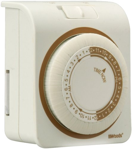Woods 50005 Indoor 24-Hour Mechanical Outlet Timer with Nightlight