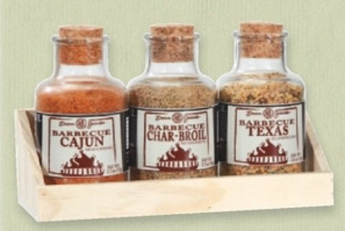 The Gourmet Gift Tray Collection - Barbecue Seasonings; Cajun, Char-Broil and Texas Rubs in a Wooden Gift Tray; Add Flavor and Aroma when Roasting, Grilling or Smoking!