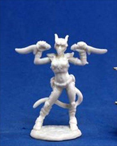 Reaper Miniatures 77118 Bones - Tiviel, Hellborn Rogue