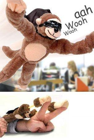 (Flingshot Slingshot Flying Screaming Monkey - Set of 4! - Watch them fly! )