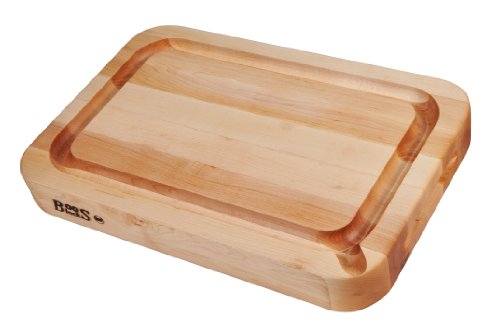 John Boos RAD03-GRV-S Maple Wood Edge Grain Reversible Curved Edge Cutting Board with Juice Groove and Pouring Spout, 24 Inches x 18 Inches x 2.25 Inches by John Boos