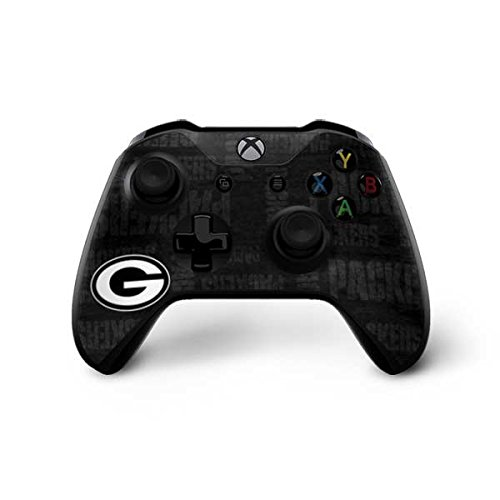 Green Bay Packers Xbox One X Controller Skin - Green Bay Packers Black & White | NFL X Skinit Skin from Skinit