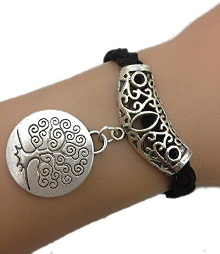 Bracelet noir médaille arbre de vie couleur argent et arabesque.