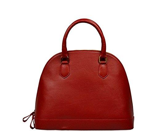 Schöne praktische Leder Rote italienische Handtasche aus Leder Agnella Rossa in der Hand