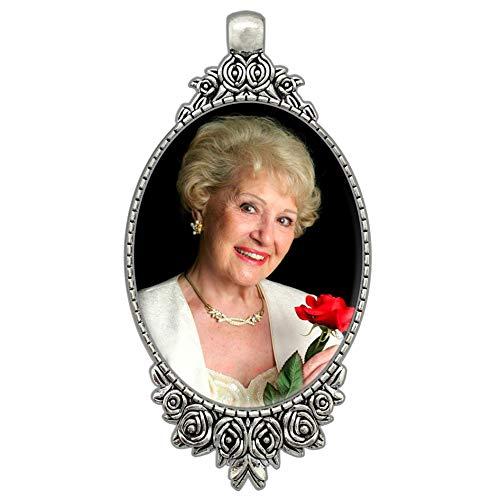 Rose Bouquet Bridal Wedding Brides Photo Charm Vintage with Bonus Photo Resizing Software ()