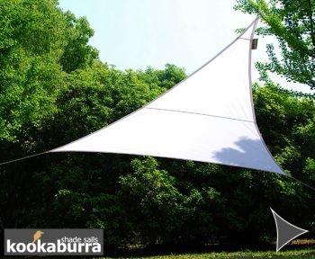 クッカバラパーティシェードセイル ポーラーホワイトカラー 紫外線96.5%カット 布帛 - 耐水性タイプ OL4018 (三角形: 6 x 4.2 x 4.2m) B07C82PTPB 11110   三角形: 6 x 4.2 x 4.2m