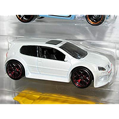 Hot Wheels, 2016 Volkswagen 5-Pack: Toys & Games